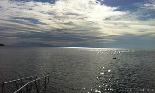 bulutlar arasinda deniz